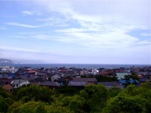長谷寺から見た由比ケ浜